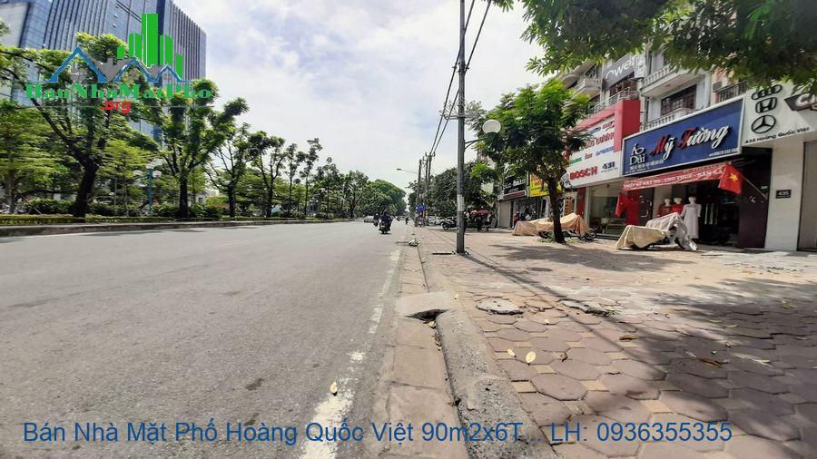 Bán Nhà Mặt Phố Hoàng Quốc Việt 90m2x6T MT:4,5m, 3 Mặt Đường