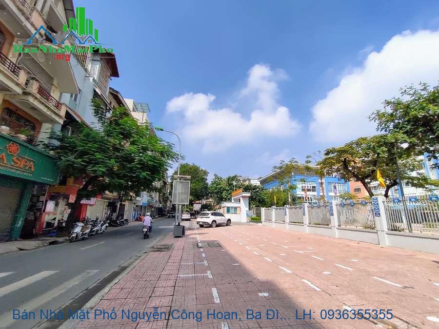Bán Nhà Mặt Phố Nguyễn Công Hoan, Ba Đình, 55m2x5T MT:8m, Giá Rẻ