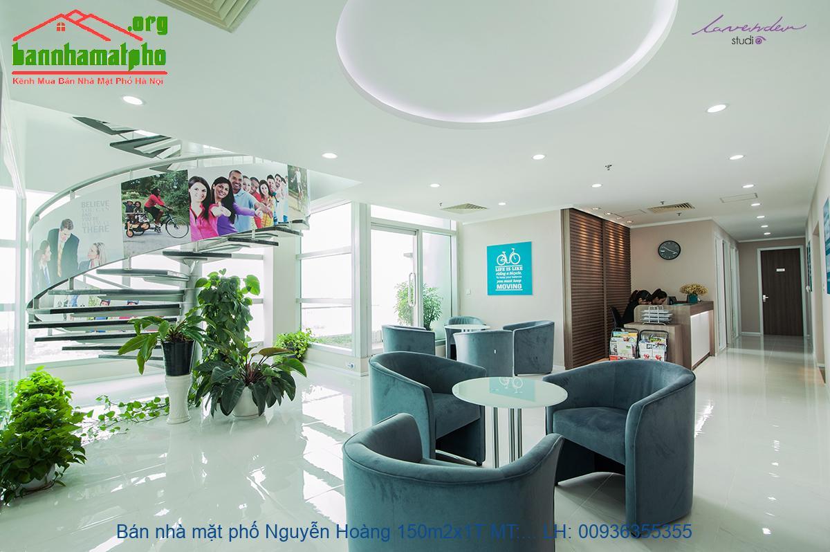 Bán nhà mặt phố Nguyễn Hoàng 150m2x1T MT:7m giá 52tỷ