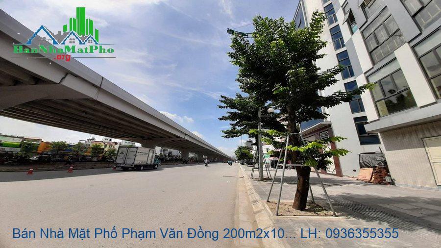 Bán Nhà Mặt Phố Phạm Văn Đồng 200m2x10T MT:11m, Vị Trí Độc Nhất